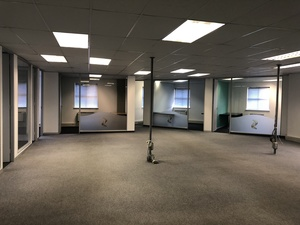 Commercial Property to rent in Kenilworth Aintree Park, Ref: 173883