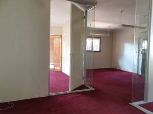 Commercial Property to rent in Saxonwold OXFORD ROAD, Ref: 180069