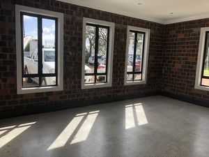 Commercial Property to rent in Somerset West Paardevlei Rising, Ref: 180812