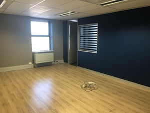 Commercial Property to rent in Mowbray River Park, Ref: 189375