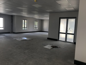 Commercial Property to rent in Somerset West Skyfall, Ref: 184747
