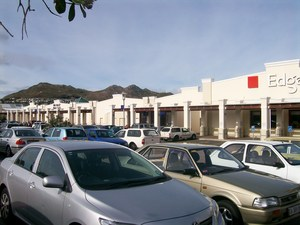 Retail Property to rent in Sunnydale, Noordhoek Longbeach Mall, Ref: 153551