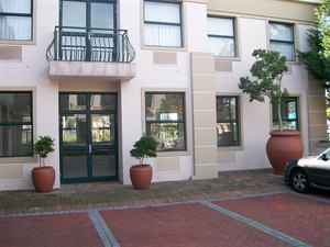 Commercial Property to rent in Tokai Tokai On Main, Ref: 183951