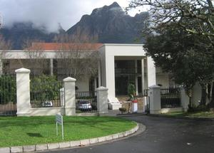 Commercial Property to rent in Rondebosch Belmont Square, Ref: 173887