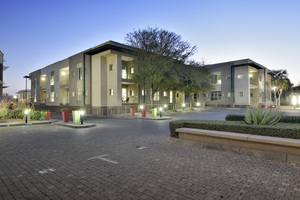 Commercial Property to rent in Die Hoewes Corporate Park 66, Ref: 176468