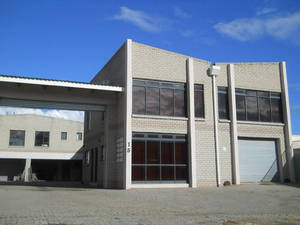 Industrial Property to rent in Strand Clarkson Square, Ref: 171379