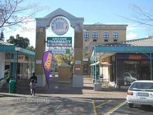 Retail Property to rent in Somerset West Oudehuis Centre, Ref: 160207