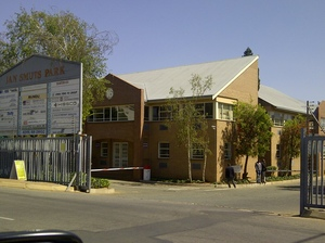Industrial Property to rent in Jet Park Jan Smuts Park, Ref: 165790