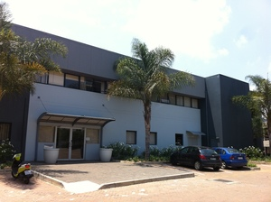 Commercial Property to rent in Midridge Park Growthpoint Business Park, Ref: 177546