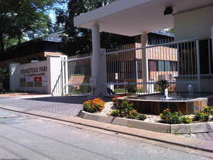 Commercial Property to rent in Rivonia Homestead Park, Ref: 177765