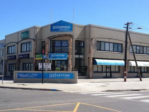Commercial Property to rent in Tableview 45 Blaauwberg Road, Ref: 166666
