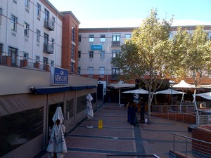 Retail Property to rent in Menlyn Menlyn Piazza, Ref: 182343