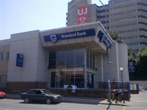Commercial Property to rent in New Doornfontein Standard Bank - Doornfontein, Ref: 179346