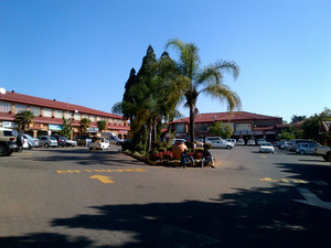 Commercial Property to rent in Wapadrand Wapadrand Shopping Centre, Ref: 169278