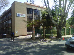 Commercial Property to rent in Rosebank JHB 7 and 7a Sturdee Avenue, Ref: 177691