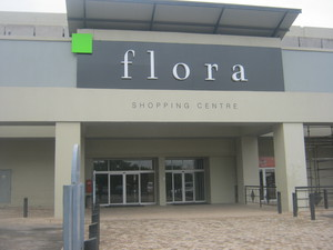 Commercial Property to rent in Florida Flora Centre, Ref: 172358