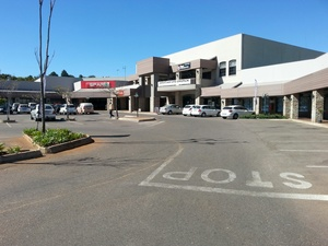 Retail Property to rent in Clubview Clubview Corner, Ref: 177351