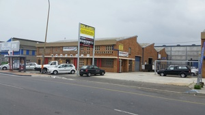 Commercial Property to rent in Montague Gardens Cavi Centre, Ref: 176510