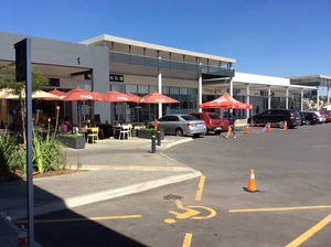 Retail Property to rent in Midrand Waterfall Corner, Ref: 171527
