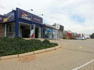 Retail Property to rent in Highveld One Highveld, Ref: 180806