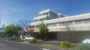 Commercial Property to rent in Somerset West Lionviham, Ref: 169730