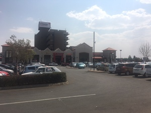 Retail Property to rent in Horison View Horizon Shopping Centre, Ref: 184824