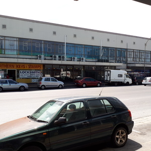 Retail Property to rent in Parow East Boe Building, Ref: 185504