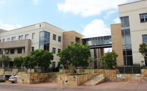 Commercial Property to rent in Illovo Illovo Corner, Ref: 168353