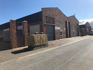 Industrial Property to rent in Strand Clarkson Square, Ref: 178441