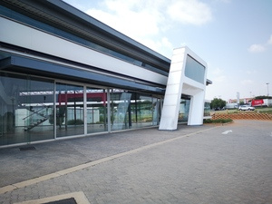 Retail Property to rent in Midrand ex McCarthy Building (cnr Monroe Road and New Rd - Midrand), Ref: 179520