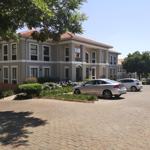 Office to rent in Woodmead Pinewood Office Park, Ref: 184438