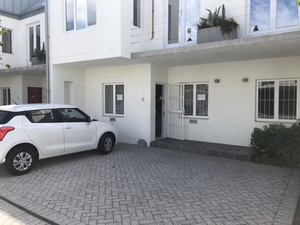 Commercial Property to rent in Pinelands Forest Mews, Ref: 172246