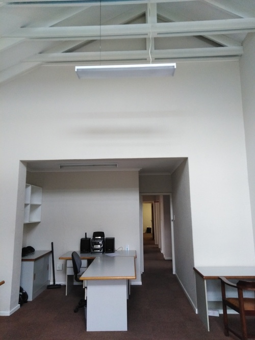 90 Victoria Road 50m² Office to Rent