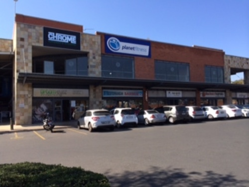 The Buzz Shopping Centre 560m² Retail Shops to Rent