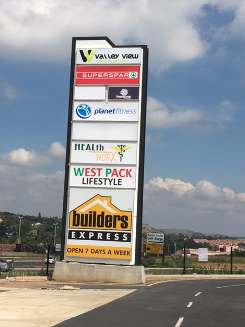 Valley View Retail Centre Retail Shops to let in Noordheuwel
