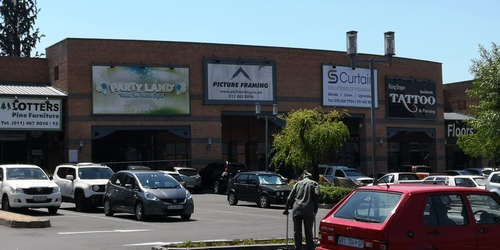 Forest Road and Decor Center Retail Shops to let in Fourways