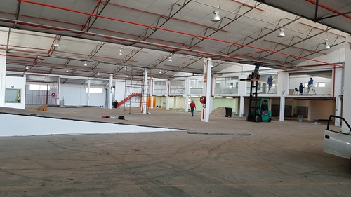 9 Vrystaat Street 2 600m² Warehouse to Rent