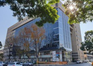 Retail Shops to rent in Rosebank JHB The Mall Offices, Ref: 197864