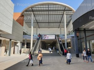 Retail Shops to rent in Central Centurion Centurion Mall, Ref: 200614