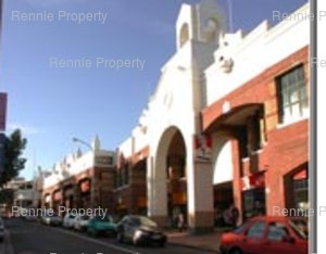 Retail Shops to rent in Wynberg Maynard Mall, Ref: 215581