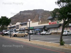 Retail Shops to rent in Lakeside Lakeside Centre, Ref: 216606