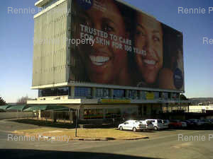 Retail Shops to rent in Randburg CBD Randhill Building, Ref: 219098
