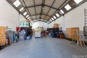 Warehouse to rent in Montague Gardens 12 Station Road, Ref: 199733