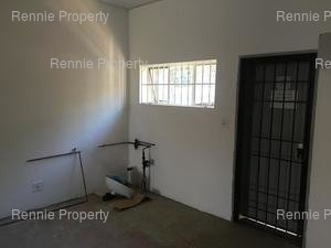 Retail Shops to rent in Constantia Kloof Honeydew Village, Ref: 181956
