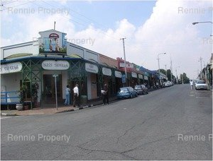 Retail Shops to rent in Melville Melville Gardens, Ref: 210322