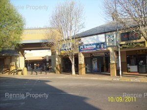 Office to rent in Kempton Park Kempton Square Convenience  Shopping Centre, Ref: 212152