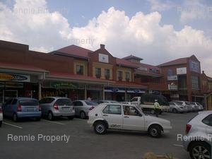 Retail Shops to rent in Lyme Park Coachmans Crossing Shopping Centre (Cnr Peter Place and Karen Str - Lyme Park Bryanston), Ref: 191709