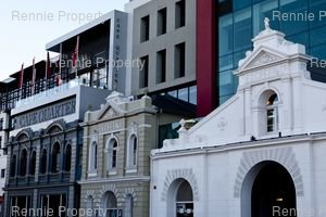 Retail Shops to rent in De Waterkant Cape Quarter Square, Ref: 206586
