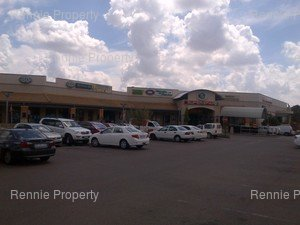 Retail Shops to rent in Die Wilgers Willow Way Shopping Centre, Ref: 201626