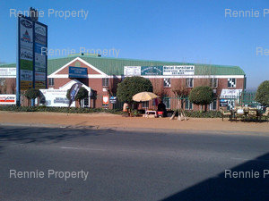 Retail Shops to rent in Woodmead Woodmead Commercial Park, Ref: 213876